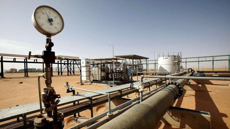 ليبيا.. وقف صادرات النفط من ميناء مصفاة الزاوية