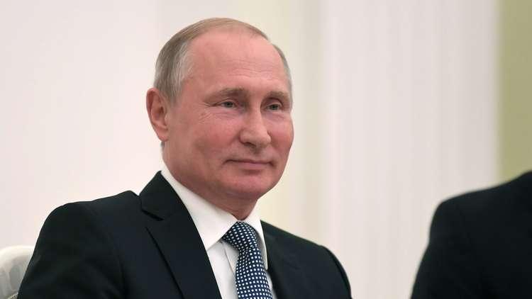 بوتين يجتمع بسفرائه