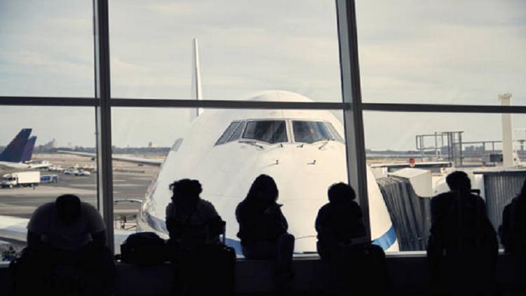 خبيرة تكشف كيف يمكن للطيران