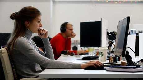 العمل 45 ساعة في الأسبوع يزيد خطر إصابة النساء بداء السكري