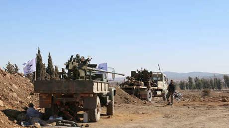عناصر من المعارضة المسلحة في جنوب سوريا
