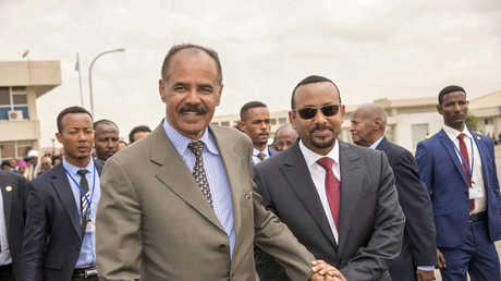 رئيس وزراء إثيوبيا آبي أحمد ورئيس إريتريا أسياس أفورقي، أسمرة، إريتريا، 9 يوليو 2018