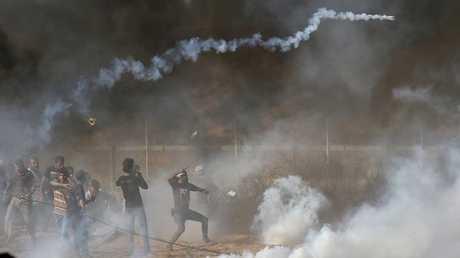مقتل طفل فلسطيني برصاص إسرائيلي خلال احتجاجات في قطاع غزة