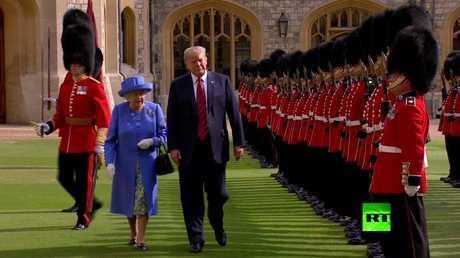 مراسم استقبال الملكة البريطانية إليزبيث الثانية للرئيس الأمريكي دونالد ترامب