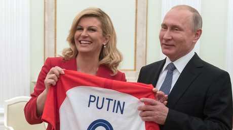 الرئيس الروسي فلاديمير بوتين ونظيرته الكرواتية كوليندا غرابار- كيتاروفيتش