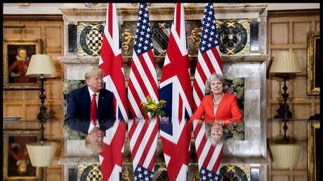 الرئيس الأمريكي دونالد ترامب ورئيسة الوزراء البريطانية تيريزا ماي