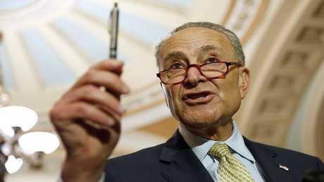 كبير الديمقراطيين في مجلس الشيوخ الأمريكي تشاك شومر