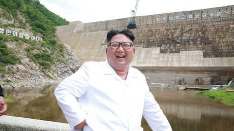 زعيم كوريا الشمالية كيم جونغ أون يزور محطة لتوليد الطاقة الكهرومائية في أورانغتشون، كوريا الشمالية