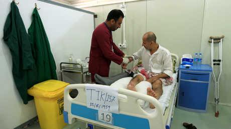 أحد المصابين في مستشفى عراقي