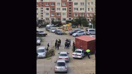 اعتداء حفنة من المراهقين على شرطي مرور في أقصى شرقي روسيا