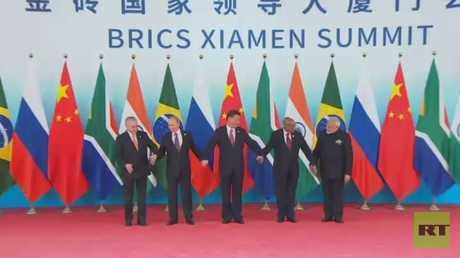 قادة بريكس يدعون لتعاون استراتيجي أكبر