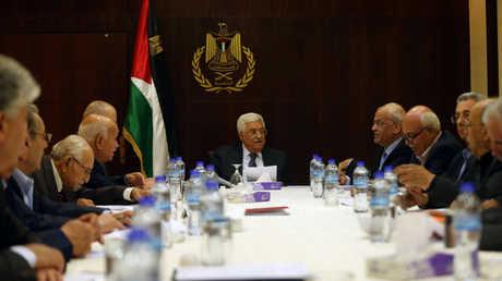محمود عباس يترأس اجتماع اللجنة التنفيذية لمنظمة التحرير الفلسطينية في رام الله - صورة أرشيفية