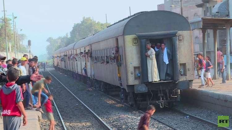 إقالة رئيس هيئة السكك الحديدية في مصر