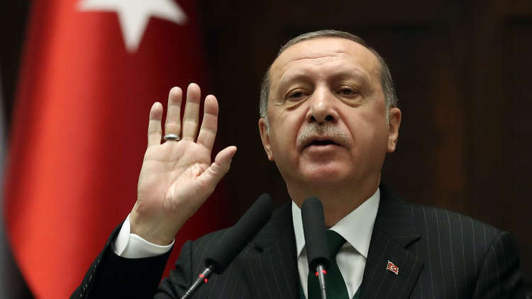 أردوغان: خارطة الطريق في منبج السورية مستمرة رغم التوتر مع واشنطن