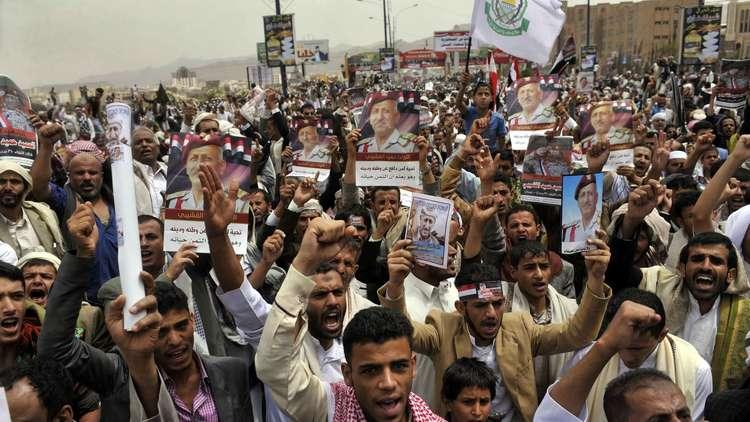 خبير: لا مثيل في التاريخ للفشل السعودي في اليمن