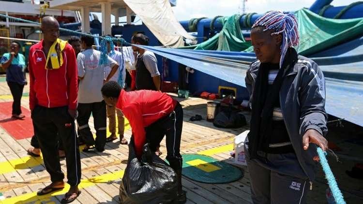مهاجرون يفضلون اللجوء في تونس