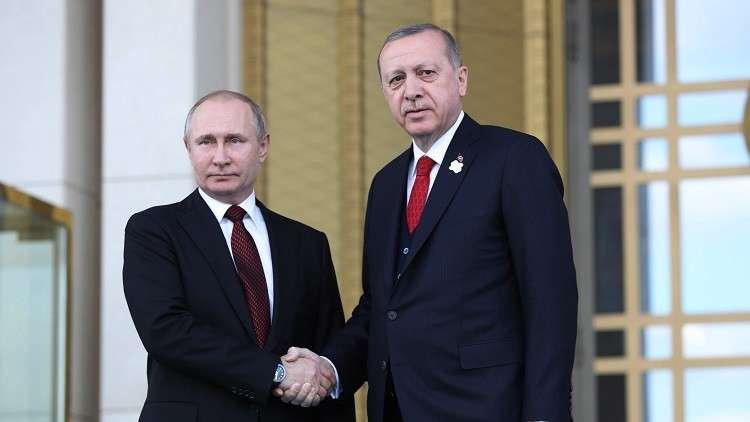 بوتين وأردوغان يبحثان الوضع في سوريا والعلاقات التجارية