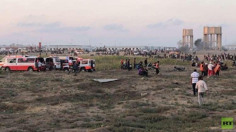مقتل فلسطينيين أحدهما مسعف وإصابة نحو 307 آخرين برصاص الجيش الإسرائيلي شرقي غزة