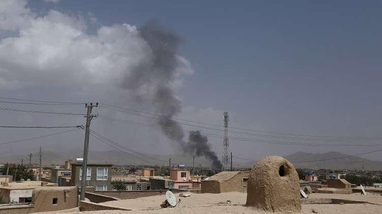 كابل ترسل قوات خاصة إلى مدينة غزني بعد مقتل أكثر من 100 شخص بهجوم لطالبان