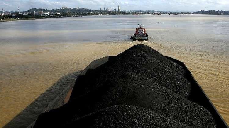 سيئول تحظر 4 سفن محملة بالفحم الكوري الشمالي من دخول البلاد