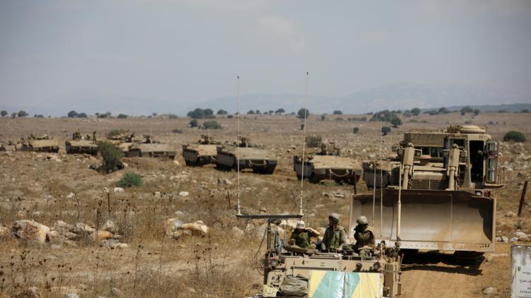 إسرائيل تجري مناورات في الجولان وتحذر من قدرات قتالية