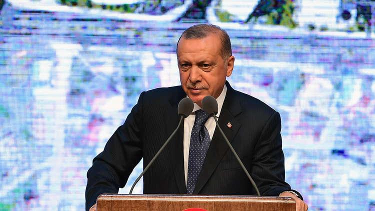 هبوط الليرة يجبر أردوغان على اللعب وفق قواعد الكرملين