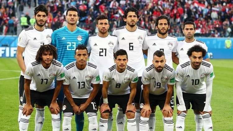 راقصة مصرية تطلب تعيينها مديرا لمنتخب مصر.. وتتوعد