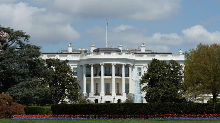 البيت الأبيض يعزو تدهور الليرة التركية إلى ابتعاد أنقرة عن الديمقراطية