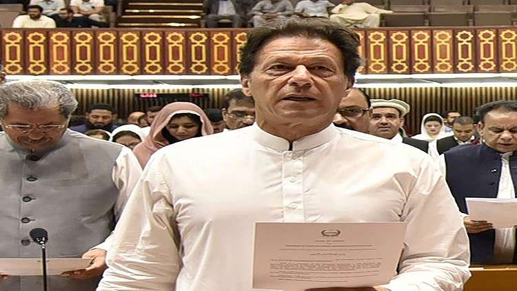 في أول زيارة رسمية.. عمران خان يختار السعودية وإيران