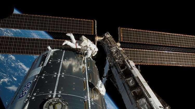 كيف يظهر الشفق القطبي من المحطة الفضائية الدولية؟