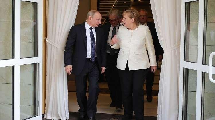 بوتين يبحث مع ميركل جملة من المشاريع الهامة تهددها بلدان ثالثة