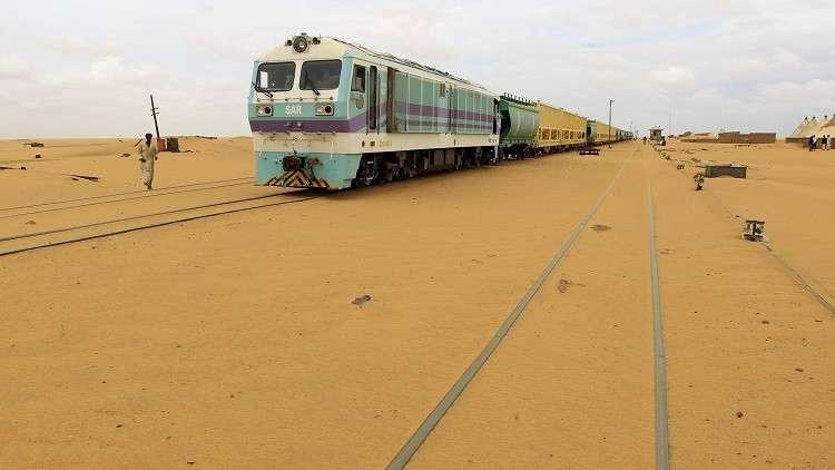 مصرع 8 أشخاص بتصادم قطار مع سيارة شمال الخرطوم (صورة)