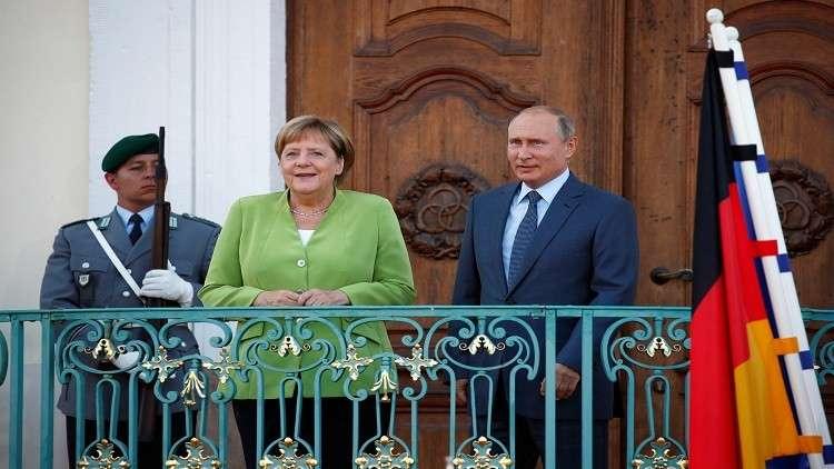 بوتين وميركل لم يبحثا مساعدة مالية ألمانية للاجئين السوريين