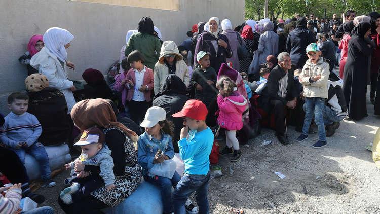 اللاجئون والنازحون السوريون العائدون لديارهم.. بالأرقام