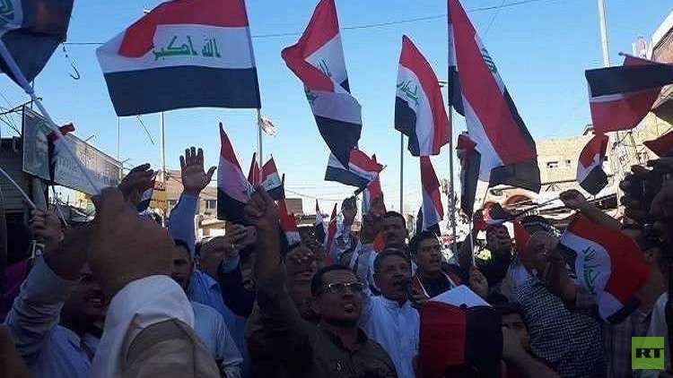 الحكومة العراقية تصوت على تنفيذ مطالب المتظاهرين في 4 محافظات