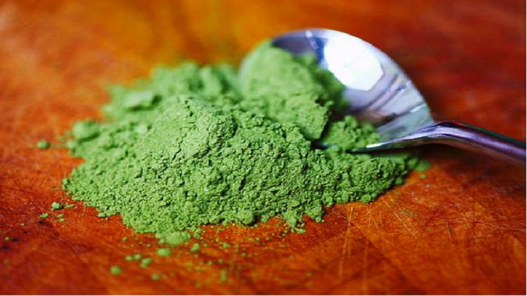 دراسة مثيرة: الشاي الأخضر قد يعالج السرطان!