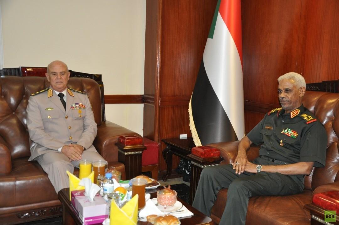 وزير دفاع السودان: أمن مصر والسودان لا ينفصل عن بعضه