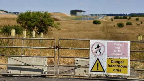 """بوابة مختبر """"بورتن داون"""" الكيميائي العسكري في بريطانيا"""