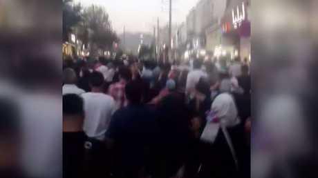 تجدد الاحتجاجات ضد غلاء الأسعار في إيران