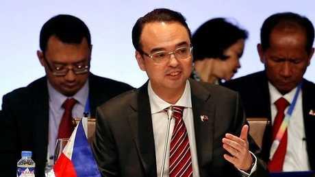 وزير الخارجية الفلبيني آلان بيتر كايتانو
