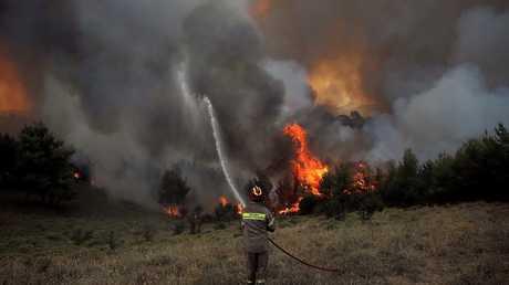 حرائق الغابات في اليونان - أرشيف