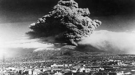 ثورات بركانية مدمرة دعمت الحياة على الأرض