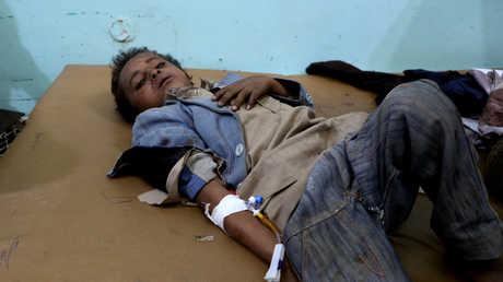 أحد الأطفال المصابين جراء غارة للتحالف على صعدة