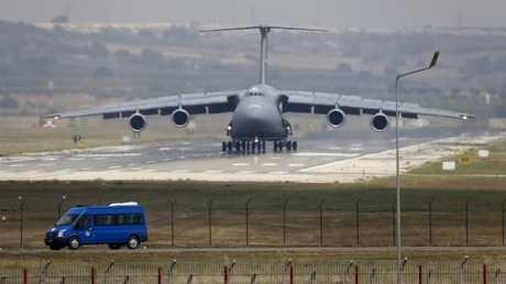 أكبر طائرة نقل عسكرية أمريكية