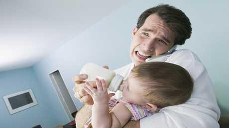 الآباء يخفون مرضا عقليا يصيبهم بعد الولادة!