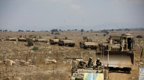 دبابات إسرائيلية مشاركة في مناورات الجيش في الجولان المحتل