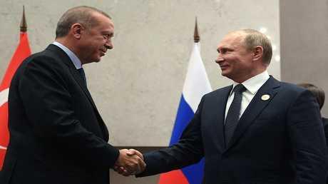 أرشيف - الرئيسان الروسي والتركي
