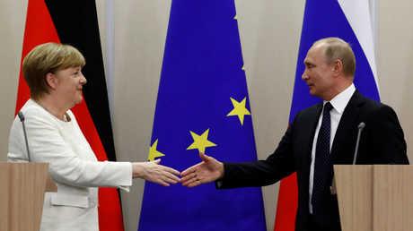 الرئيس الروسي فلاديمير بوتين والمستشارة الألمانية أنغيلا ميركل، سوتشي، روسيا، 18 مايو 2018