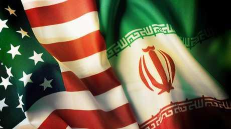 العلمي الإيراني والأمريكي