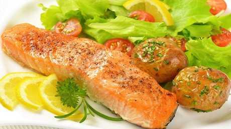 السمك والخضروات تحمي من التصلب المتعدد